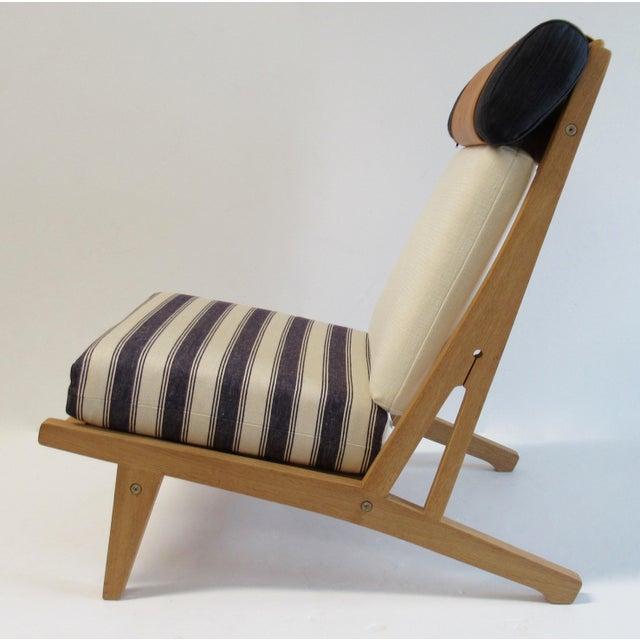 "Circa 1960's Hans J. Wegner Denmark ""Getama"" Lounge Chairs- a Pair For Sale - Image 9 of 13"