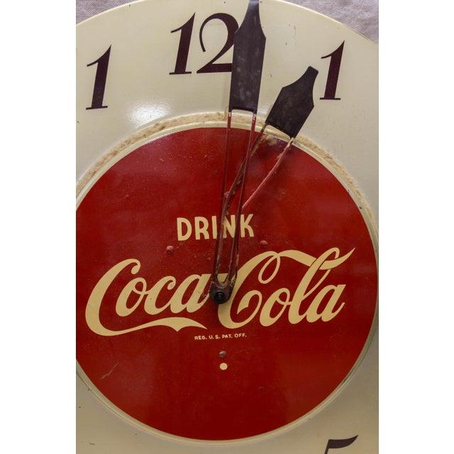 Coca Cola Bottling Co. Vintage 'Drink Coca-Cola' Clock For Sale - Image 4 of 6