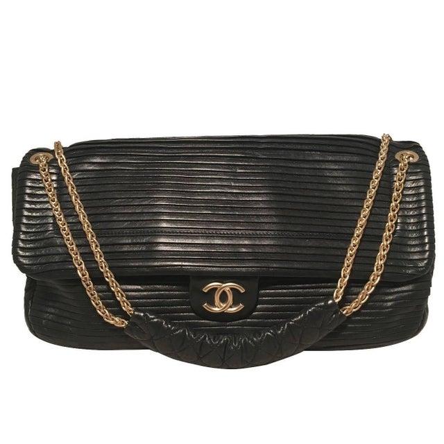 97caf9071efb Gold Chanel Black Pleated Leather Classic Flap Shoulder Bag For Sale -  Image 8 of 8