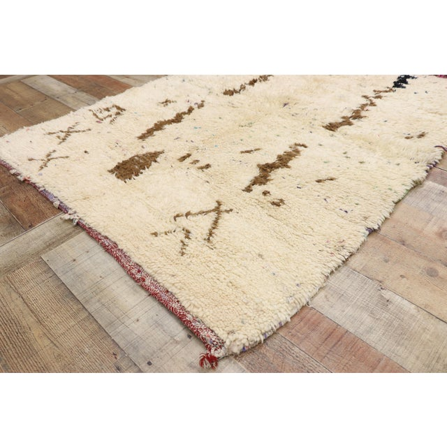 Vintage Berber Moroccan Azilal Rug - 03'07 X 04'09 For Sale In Dallas - Image 6 of 10