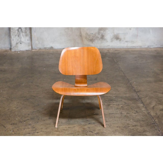 Eames Bentwood Low Chair in Medium Finish - Image 4 of 5