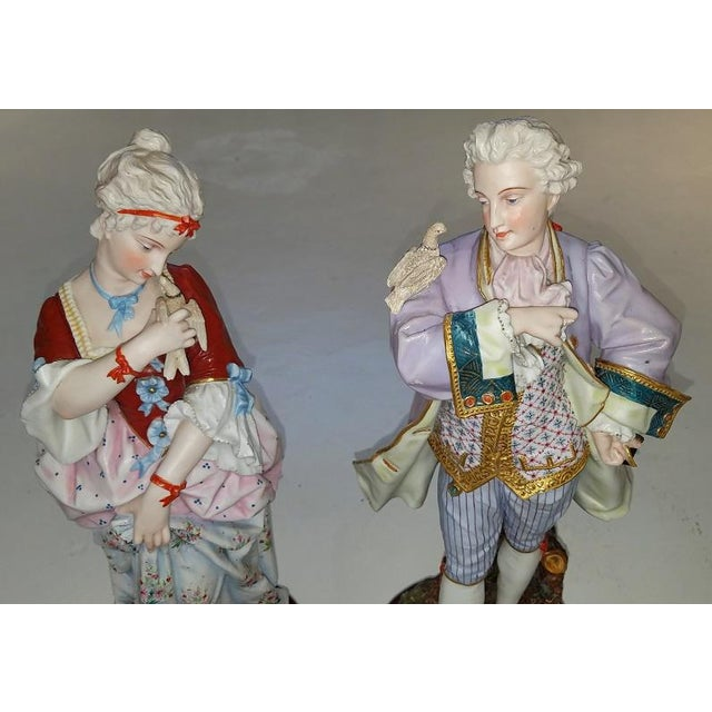 Pair of 18c French Old Paris Porcelain Figurines- A Pair For Sale - Image 11 of 13