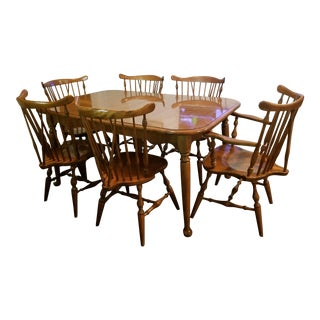 20th Century English Traditional Ethan Allen Solid Maple Large Dining Set - 7 Pieces For Sale