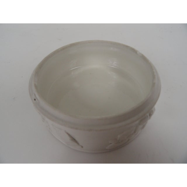 1920s Chinese Round Ceramic Box For Sale In Miami - Image 6 of 12