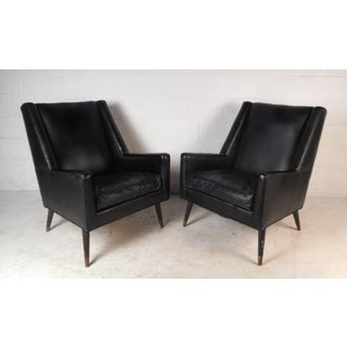 Vintage Modern Italian Lounge Chairs - A Pair Preview