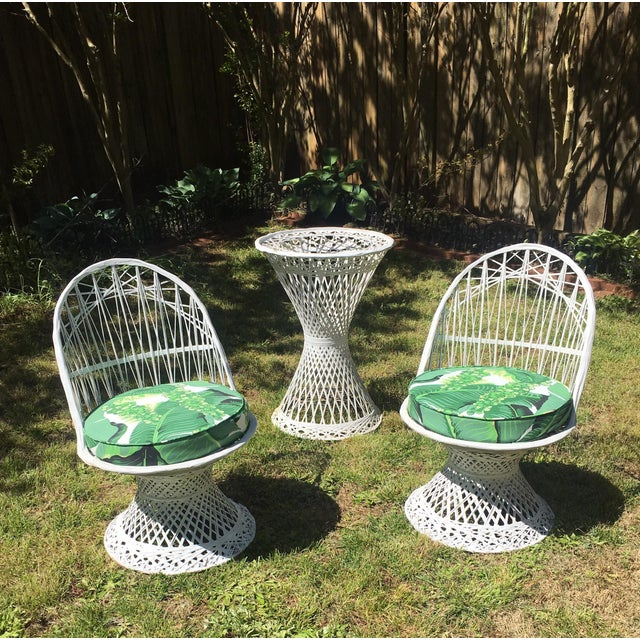 Vintage Spun Fiberglass Chairs & Table For Sale In West Palm - Image 6 of 6