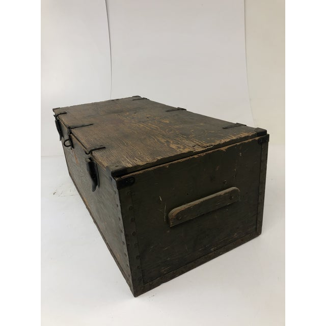 Americana Vintage Military Green Wood Foot Locker Trunk For Sale - Image 3 of 12