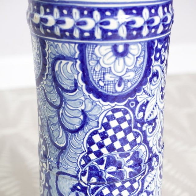 Blue and White Umbrella Stand - Image 4 of 4
