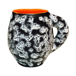 French Valurais Black & White Fat Lava Mug For Sale