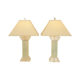 Mid Century Modern Pair Lucite Column Table Lamps For Sale