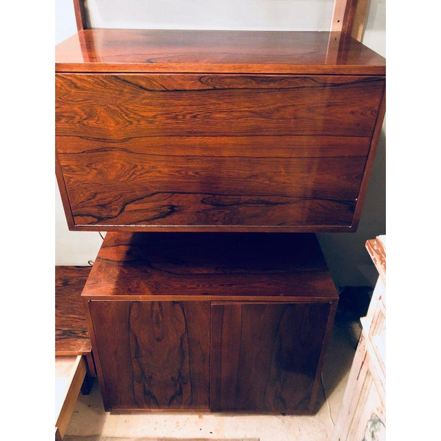 Midentury Rosewood Wall-Unit Including Table, Desk, Curio Cabinet and Light For Sale In New York - Image 6 of 13