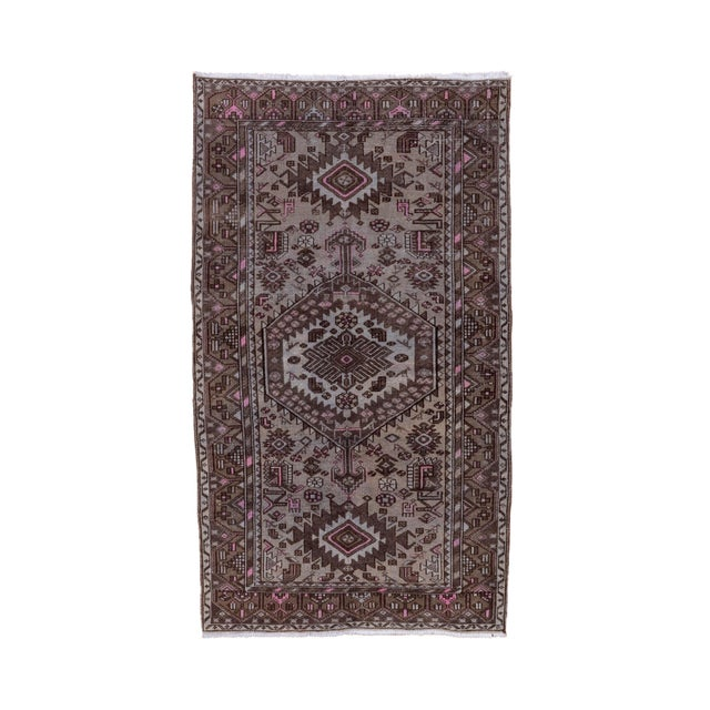 Brown 1940s Vintage Hamadan Rug- 4′4″ × 7′7″ For Sale - Image 8 of 8