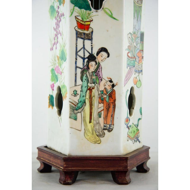 Chinoiserie Ginger Jar Table Lamp For Sale - Image 9 of 13