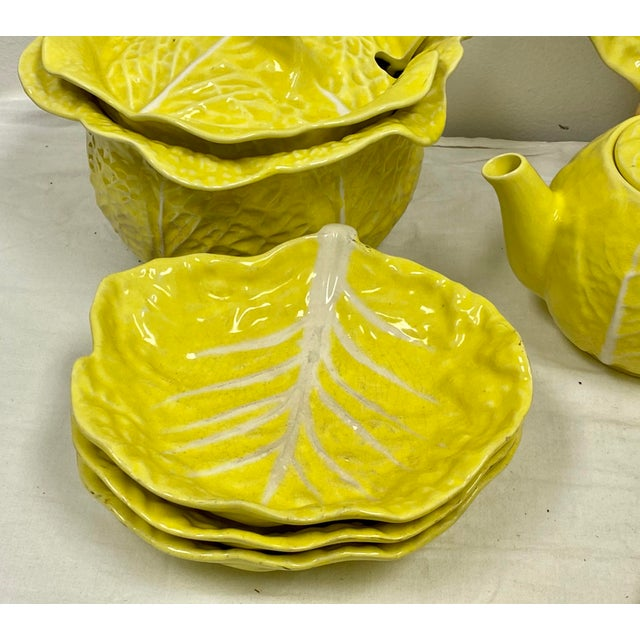 Hollywood Regency Mario Buatta Style Yellow Lettuce Luncheon Set - Set of 16 For Sale - Image 3 of 12