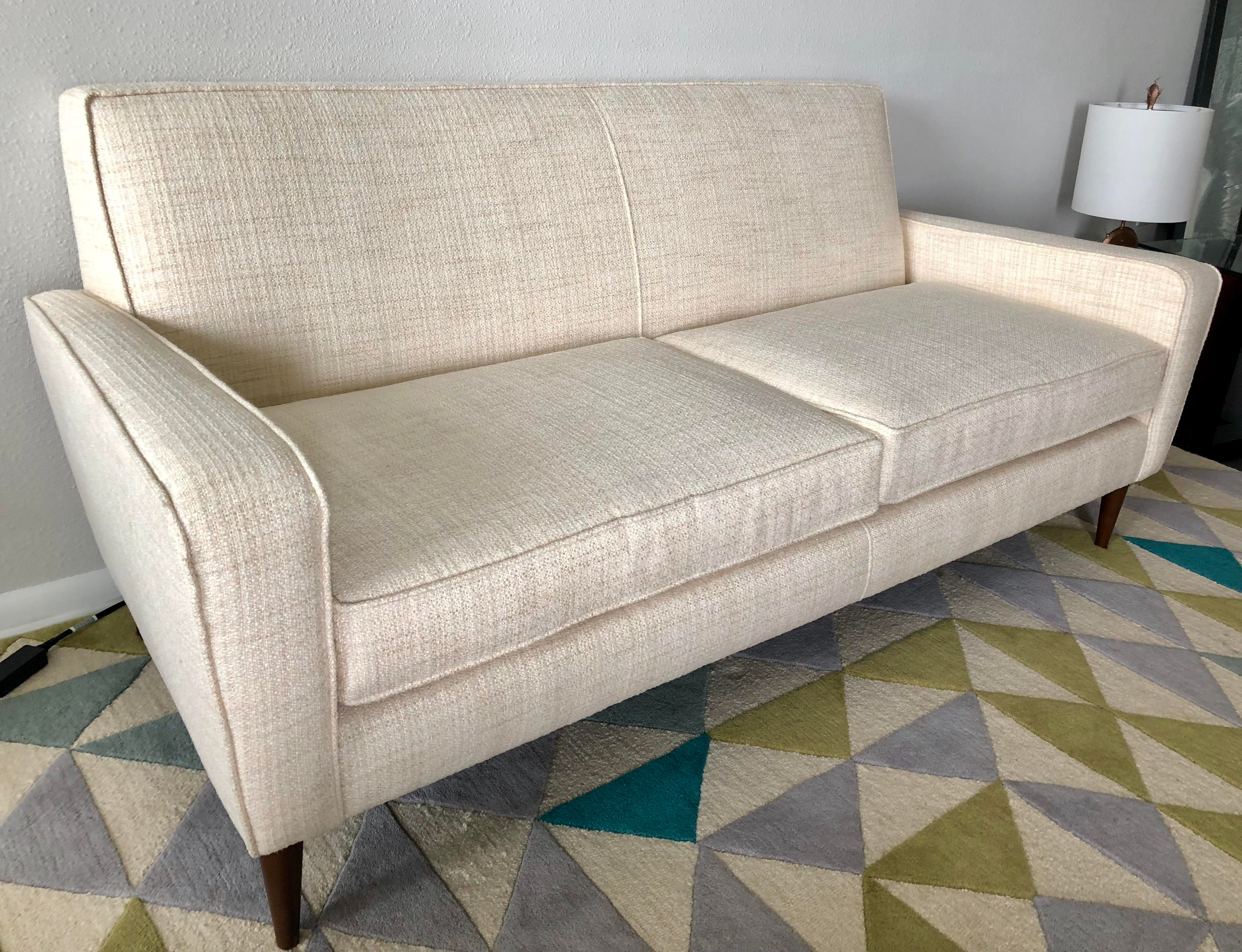 Crate U0026 Barrel Torino 2 Seat Apartment Sofa   Image 2 ...