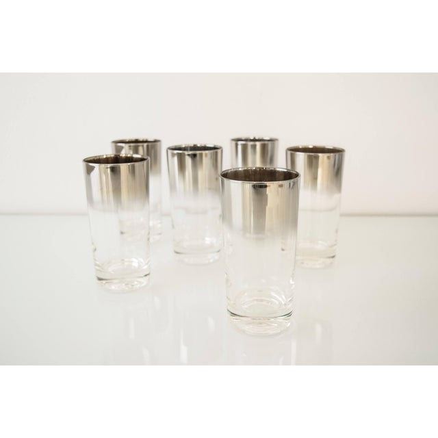 Mid Century Dorothy Thorpe Style Ombre Silver Fade Highball Or Drinking Glasses - Set Of 6 For Sale - Image 4 of 6