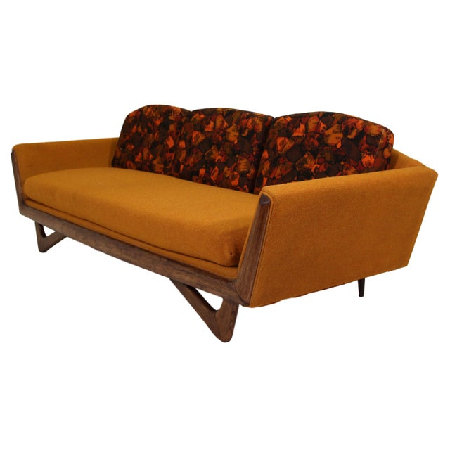 Mid-Century Modern Adrian Pearsall Style Sofa by Prestige Furniture Company For Sale - Image 3 of 7