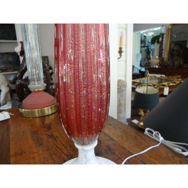 1960s 1960s Vintage Italian Mid Century Murano Glass Cranberry Table Lamp For Sale - Image 5 of 7