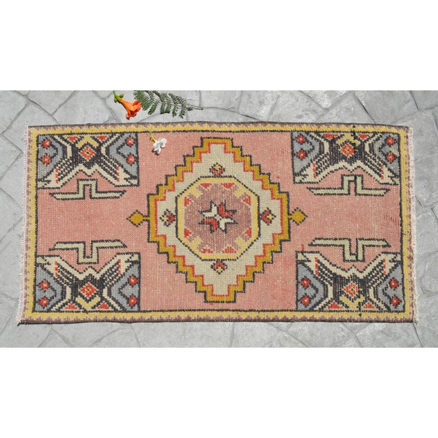 "1970s Hand Knotted Door Mat, Entryway Rug, Bath Mat, Kitchen Decor, Small Rug, Turkish Rug - 1'9"" X 3'4"" For Sale - Image 5 of 5"