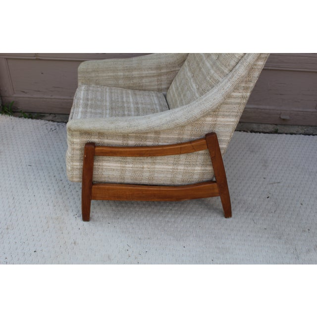 Mid-Century Modern Mid-Century Paoli Rocking Lounge Chair For Sale - Image 3 of 3