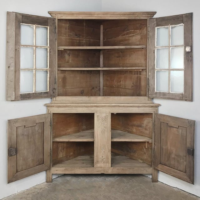Country Grand 19th Century Country French Louis XVI Corner Cabinet For Sale - Image 3 of 13