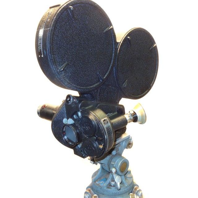 Art Deco CineFlex 35mm Movie Camera Ww-II Designed Combat Camera, Pristine Time Warp Unit For Sale - Image 3 of 13