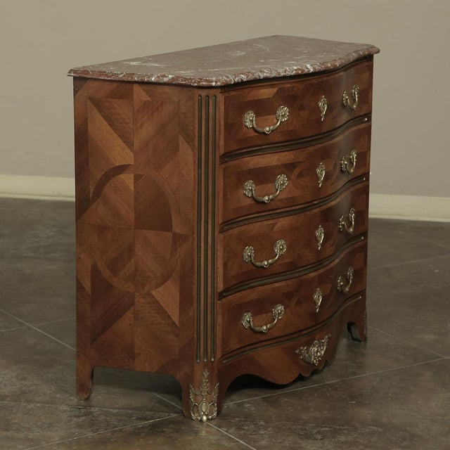 19th Century French Louis XIV Marble Top Commode With Marquetry For Sale In Dallas - Image 6 of 11