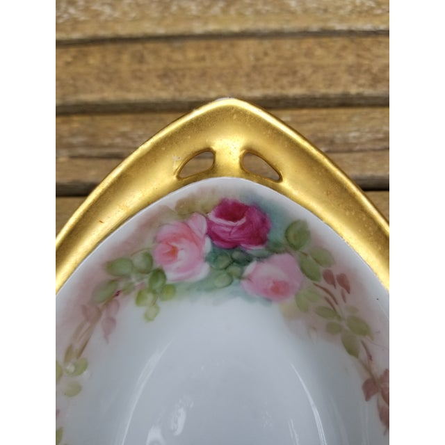 """Gold Victorian """"Rs"""" China Nut Bowl With Five Little Serving Dishes - 6 Pieces For Sale - Image 8 of 11"""