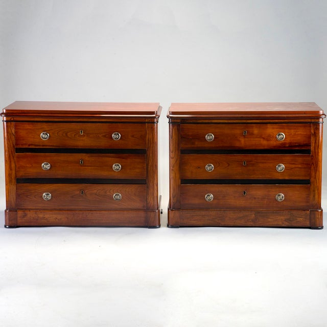 English Mahogany Chests With Black Detailing - a Pair For Sale - Image 11 of 11