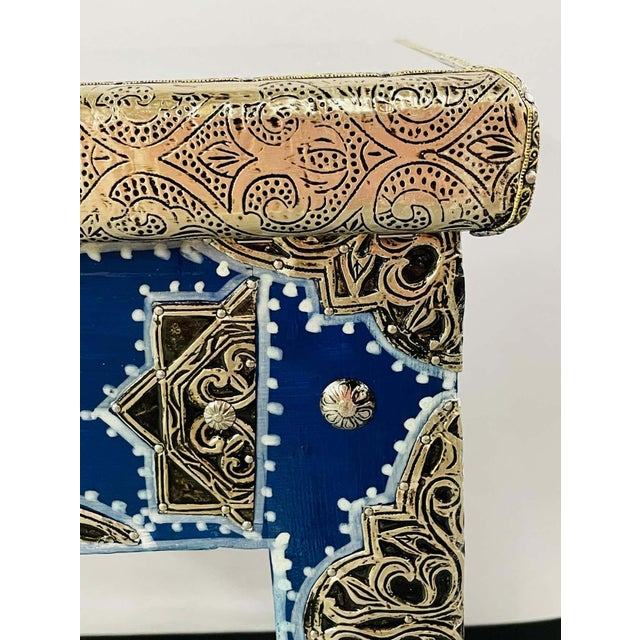 Metal Hollywood Regency Style Moroccan Brass Blue Rectangular Side or End Table, Pair For Sale - Image 7 of 13
