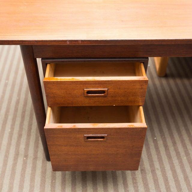Mid-Century Modern Arne Vodder Style Single Pedestal Drop-Leaf Teak Desk For Sale - Image 3 of 10