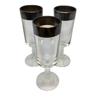 Vintage Dorothy Thorpe Aperitif Glasses - Set of 3 For Sale