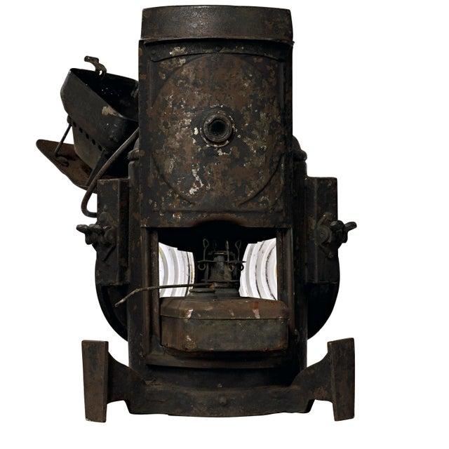 19th Century Industrial Adlake Rare Railroad Switching Light/Lantern For Sale In Los Angeles - Image 6 of 13