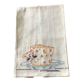 Cottage Embroidered Muslin Vintage Kitchen Towel With Mouse and Cheese For Sale