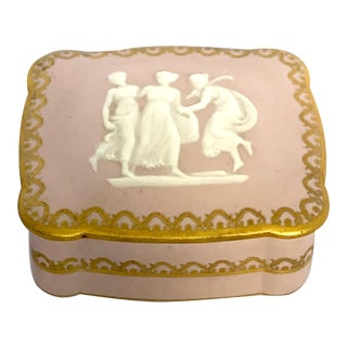 20th Century Neoclassical Limoges Porcelain Box For Sale