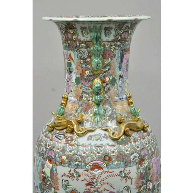 Chinese Vintage Chinese Export Rose Medallion Porcelain Palace Urn Vase For Sale - Image 3 of 13