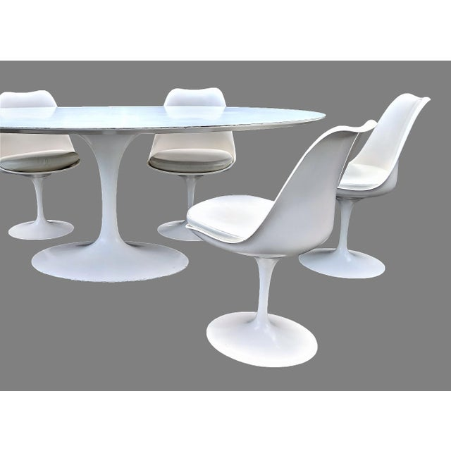 Vintage Eero Saarinen for Knoll Tulip Dining Set - 7 Pieces For Sale In Miami - Image 6 of 13