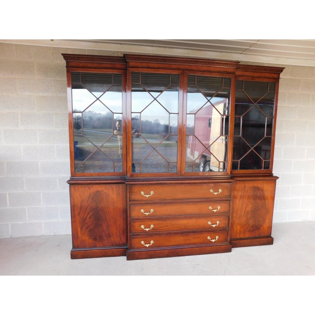 """Antique Georgian Style Mahogany 2pc Breakfront Bookcase Cabinet 95""""w For Sale - Image 13 of 13"""