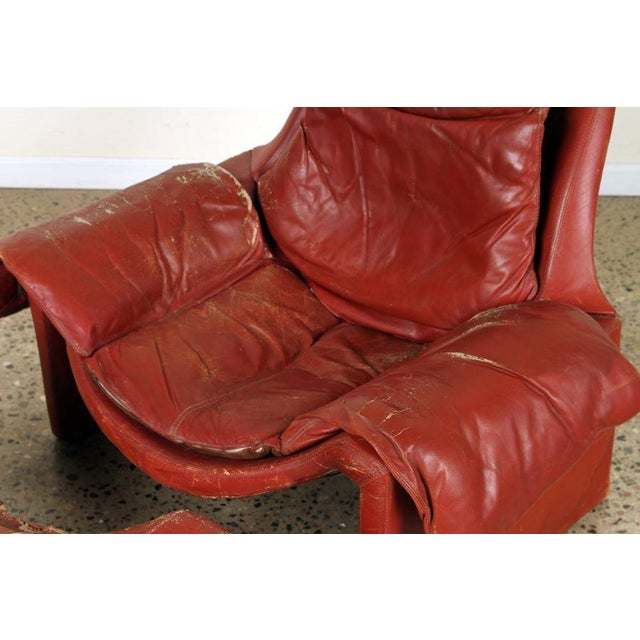 Boho Chic Vintage Vittorio Introini for Proposals Distressed Rich Red P60 Leather Lounge Chair and Stool For Sale - Image 3 of 8