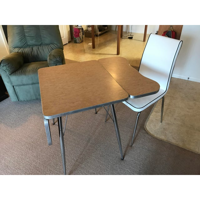 Chrome Trim Formica Table - Image 5 of 10