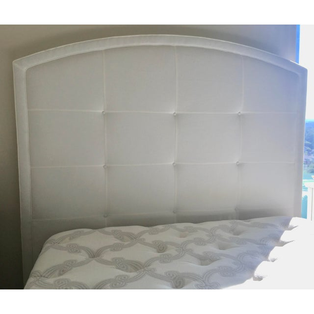2010s Lee Industries Arch Upholstered Queen Size Bed White For Sale - Image 5 of 8