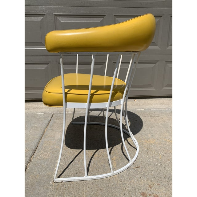 1970s Mid-Century Modern Tulip Base Dining Table & Chairs by Blacksmith Shop For Sale - Image 5 of 13