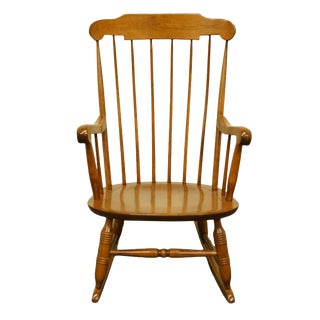 Late 20th Century Nichols & Stone Traditional Colonial Style Solid Hard Rock Maple Rocking Chair For Sale