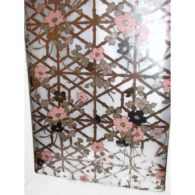 1970s Metallic Chinoiserie Wallpaper - 140 Sq. Ft. - Image 4 of 6