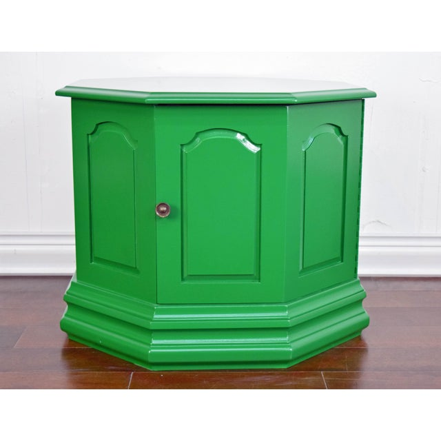 Green Bottle Green Fine Paints of Europe High Gloss Green Side Table For Sale - Image 8 of 8