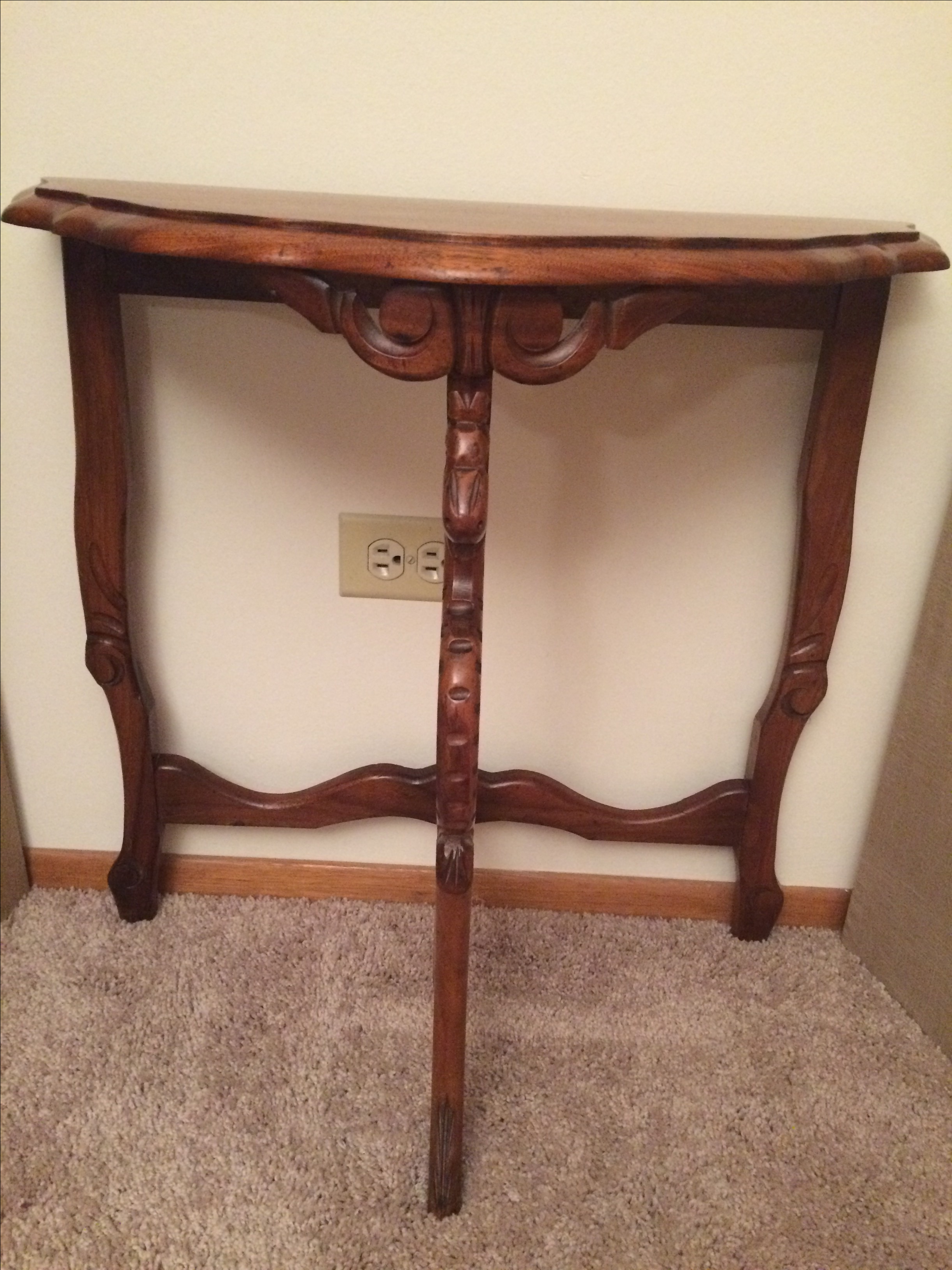 Victorian Hand Carved Demilune Table   Image 2 Of 5