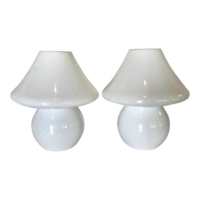 1960s White Swirl Venini Murano Mushroom Glass Lamps - a Pair For Sale