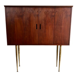 Vintage Mid-Century Modern Jack Cartwright Danish Style Highboard Credenza For Sale