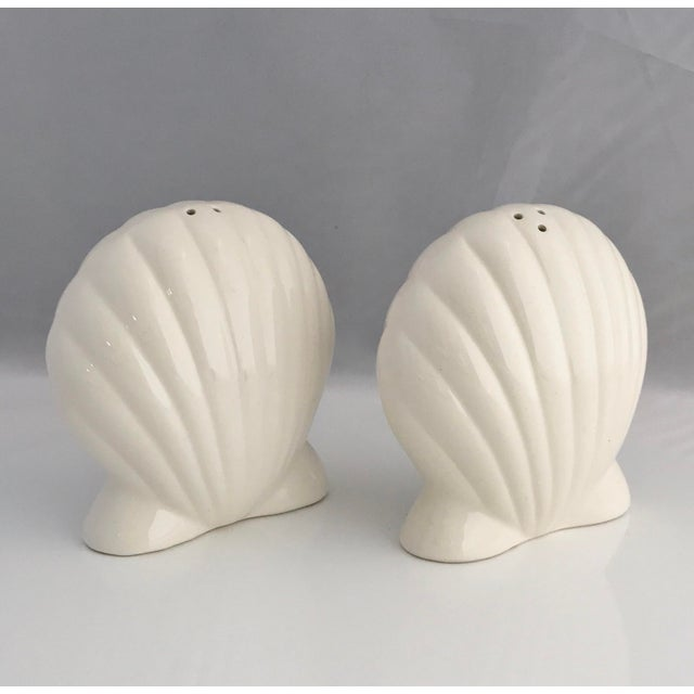 Blue Nautilus Pitcher and White Seashell Shakers Ceramic - the Set For Sale In Miami - Image 6 of 9