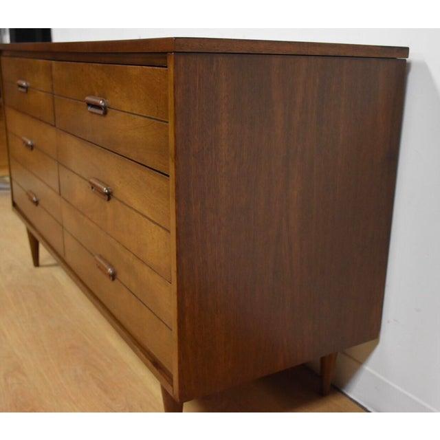 Mid-Century Modern Mid-Century Modern Dresser Credenza For Sale - Image 3 of 11